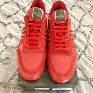 Valentino Garavani Rockrunner Sneakers in Red